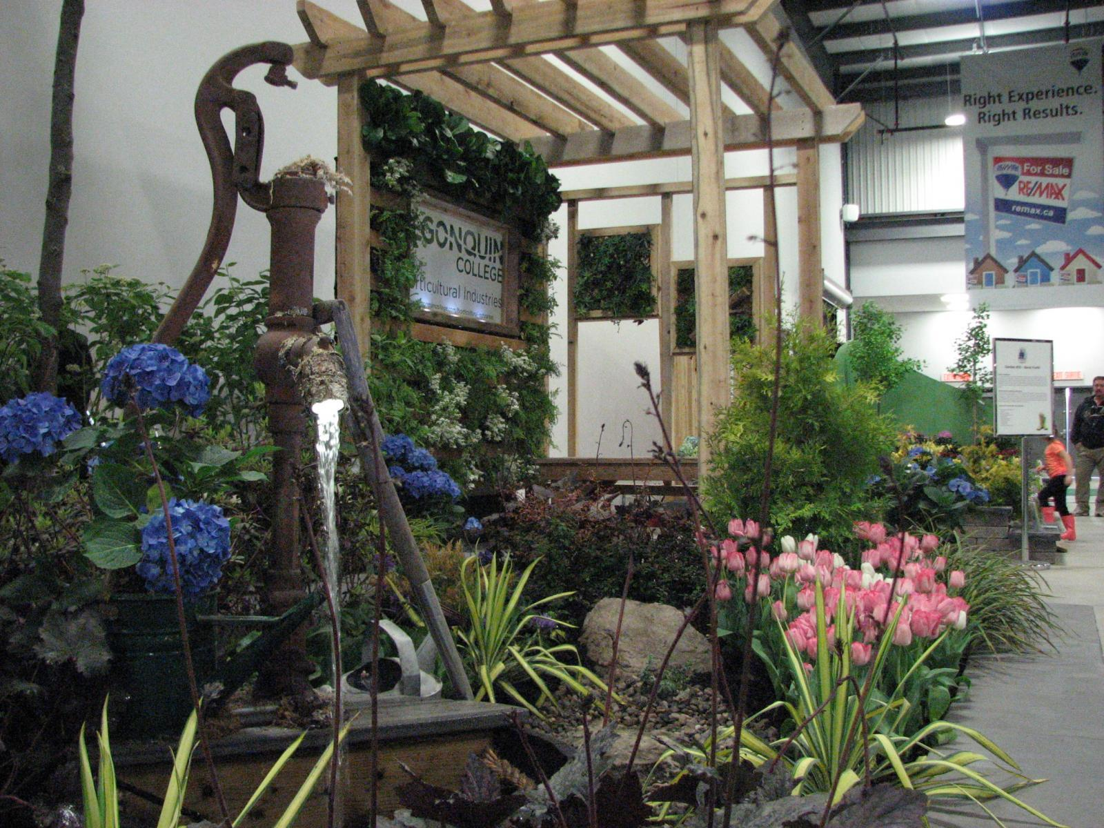 Landscape Ontario booth at Living Landscapes 2019 needs VOLUNTEERS