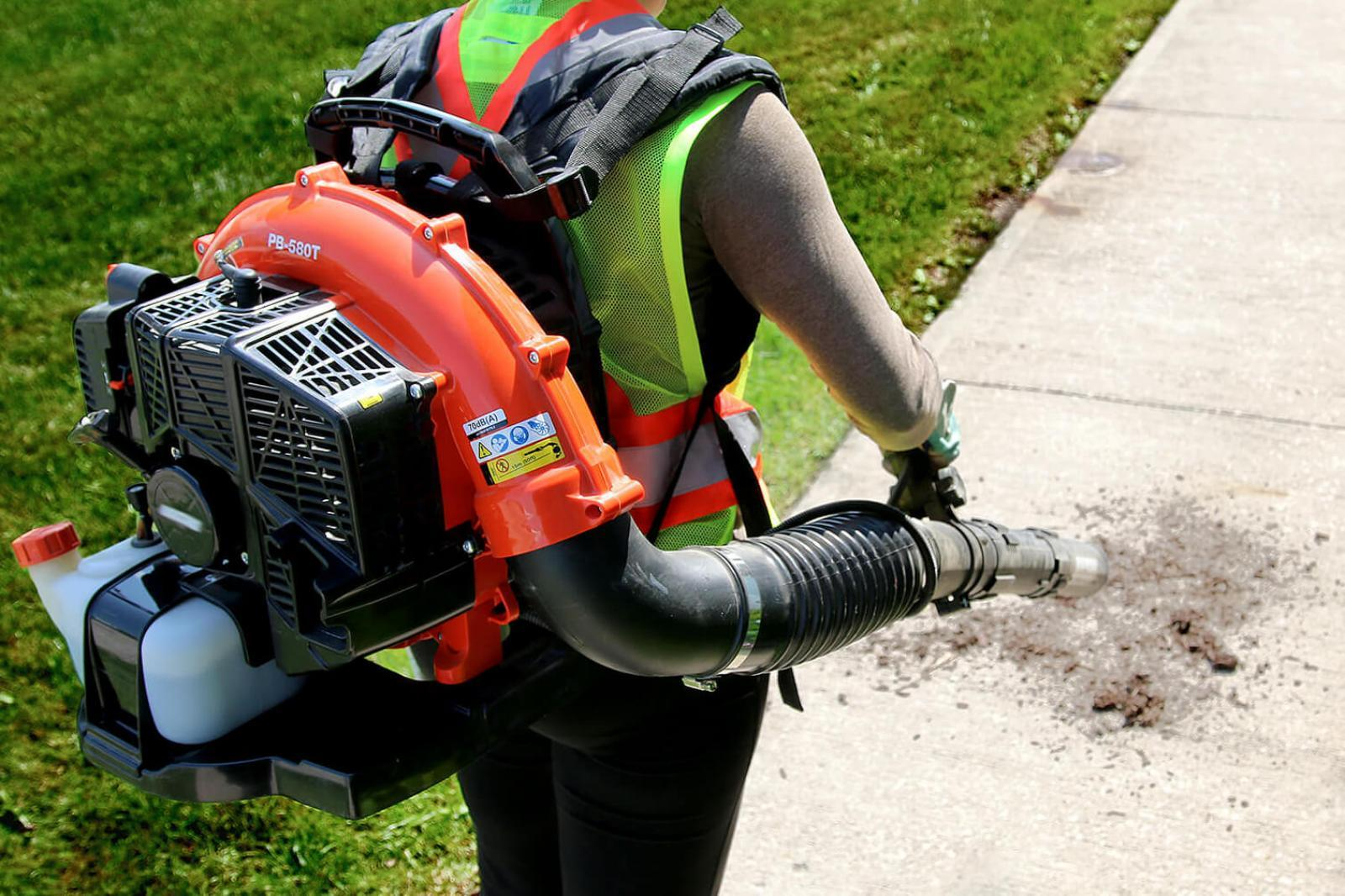 Leaf blower best practices video