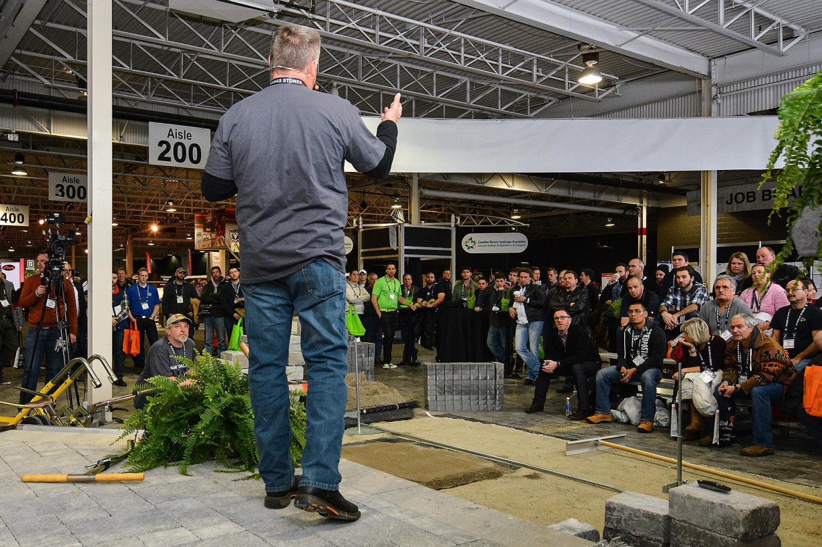 A new feature at Congress 2016, HardscapeLIVE, drew large crowds to an area of the show floor.