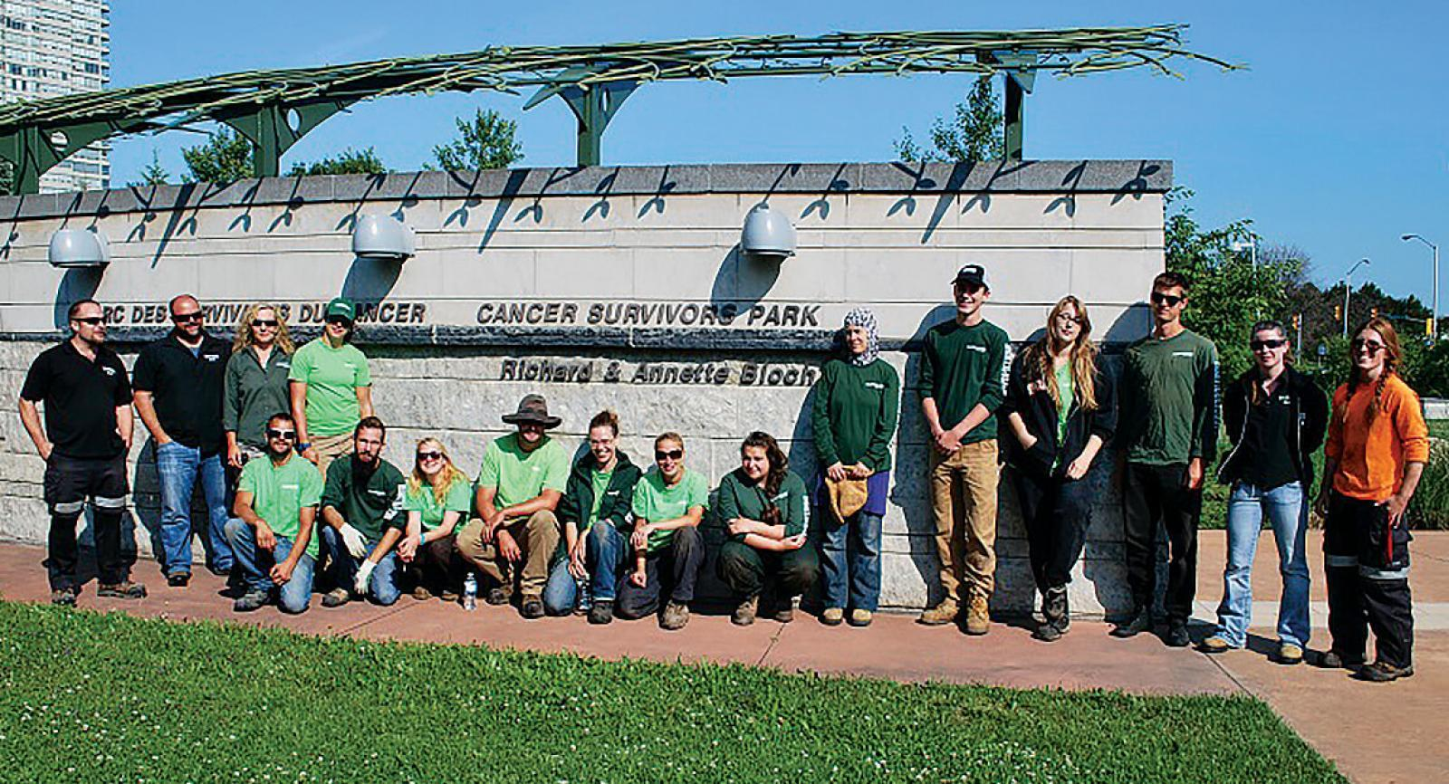 Students from the Horticultural Industries Program at Algonquin College had some hands-on instruction from LO members at the Cancer Survivors' Park, at top. Below, LO members donated their time in both the Park's maintenance and instructing the students.