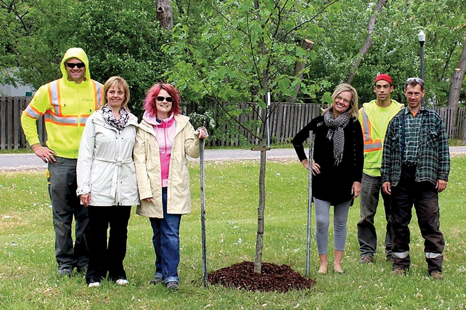 Oak commemorates OHS