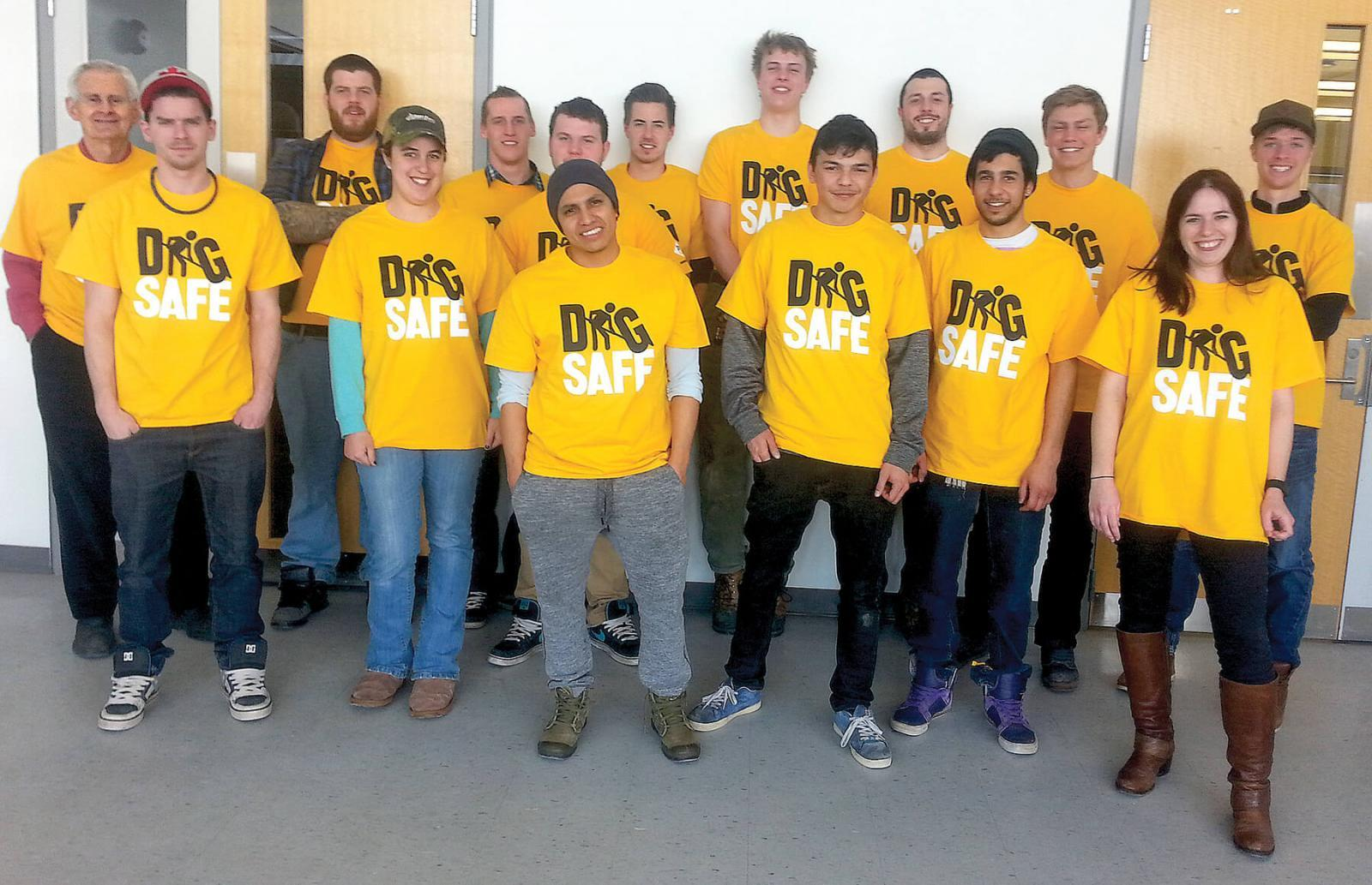 Students from Mohawk College celebrate Dig Safe Day.