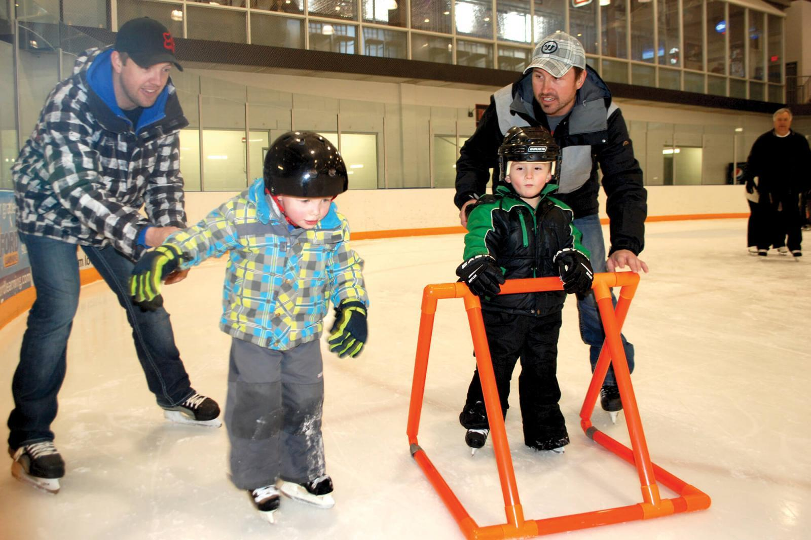 Golden Horshoe Chapter holds family skate day