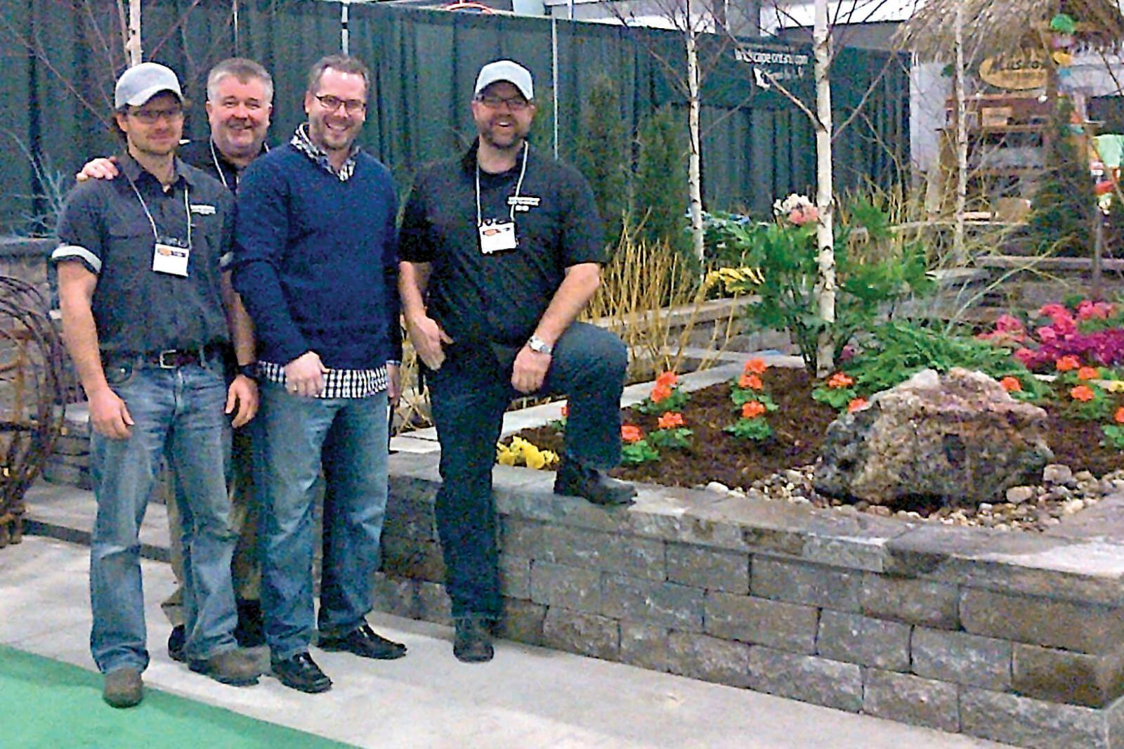 Ottawa team builds garden for Cottage and Backyard Show