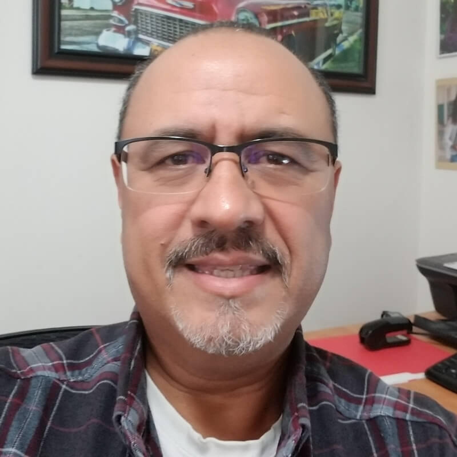 Steve Hernandez